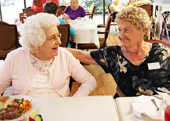 Huntsville Seniors Make Friends at Regency Retirement Village