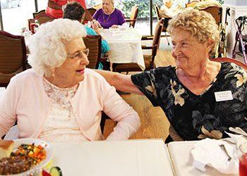 Huntsville Seniors Make Friends at Regency Retirement Village