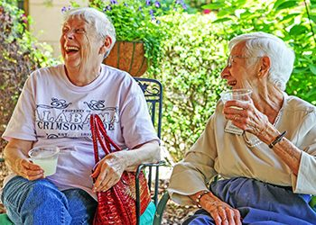 Touring Assisted Living Communities Can Put Minds at Ease